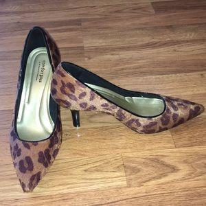 Comfort Plus by Predictions Leopard Print Heels